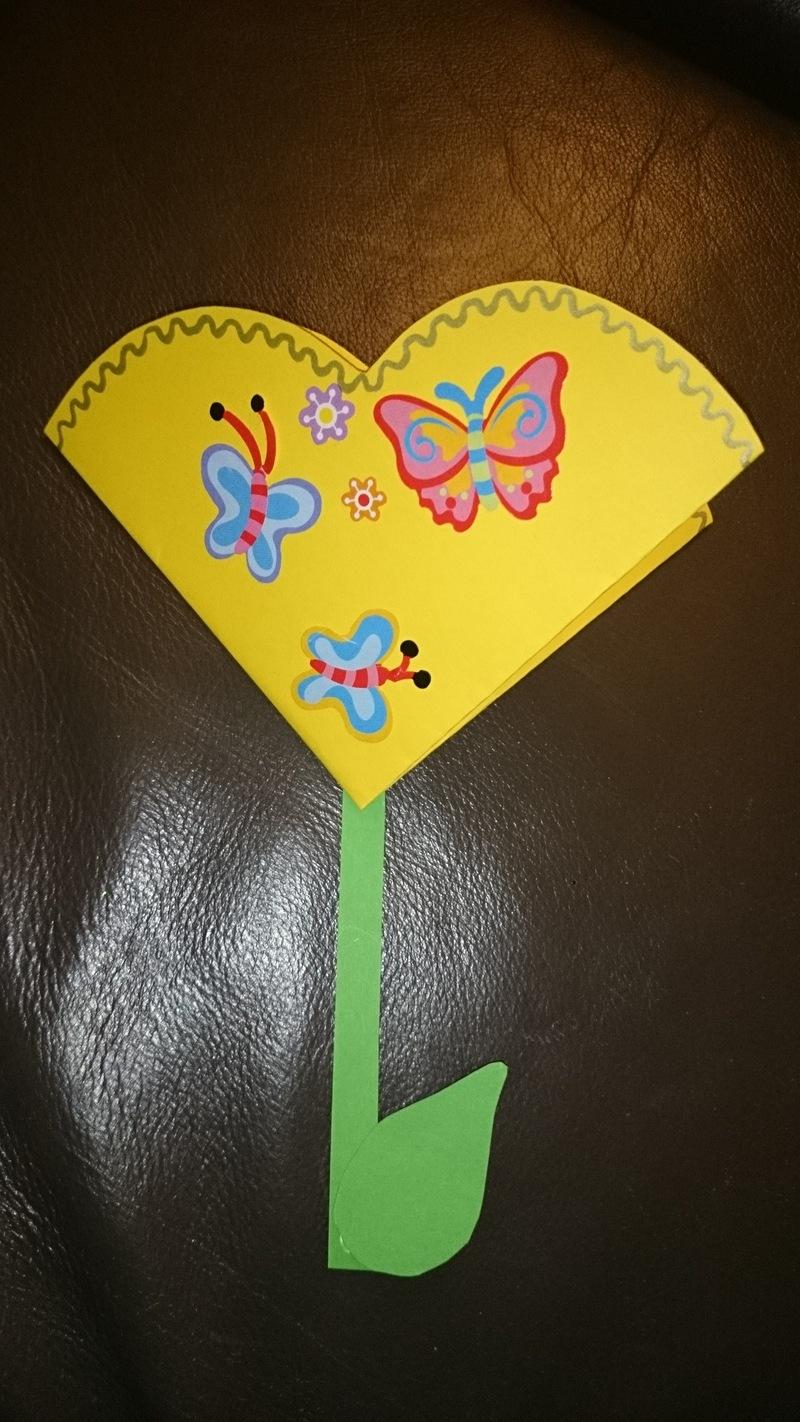 nathan-fleur-coeur-gommettes.jpg